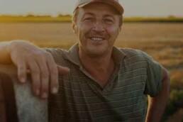 Mähdrescherteile von Agribroker Schritt 2 In Kontakt treten
